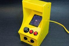 Conheça o Mini Fliperama, feito para se jogar games clássicos dos anos 80! Assista ao vídeo deste sendo utilizado. http://arcadegameshowbr.blogspot.com.br/2014/04/mini-fliperama-para-jogar-jogos-arcade.html