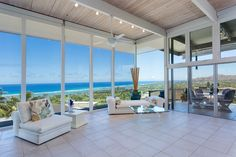 There's nothing like having the ultimate view to the Pacific Ocean and its gorgeous surroundings.