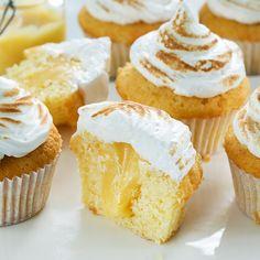Cake nature fast and easy - Clean Eating Snacks Meringue, Cupcake Toppings, Bake My Cake, Recipe For Teens, Muffins, Lemon Cupcakes, Savoury Cake, Chocolate Cookies, Clean Eating Snacks