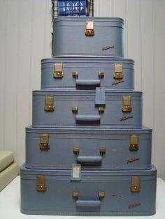 Lady Baltimore Vintage Luggage Set by RetroAZ Cute Suitcases, Vintage Suitcases, Vintage Luggage, Vintage Travel, Cute Luggage, Best Carry On Luggage, Luggage Sets, Vintage Glamour, Retro Vintage