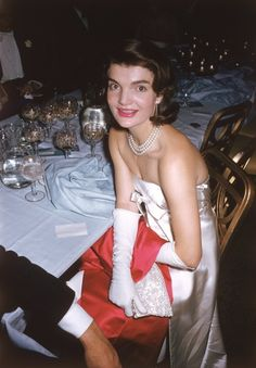 Jackie Kennedy at the April In Paris Ball, 1959. Photo: Slim Aarons.
