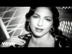 Music video by Thalía Feat. Leonel García, Samo and Jesús Navarro performing Con…