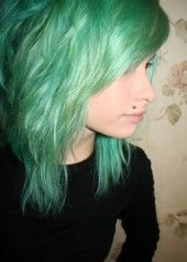 mint green crayola-hair
