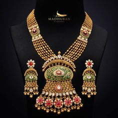 Jewelry Design Earrings, Gold Jewellery Design, Gold Jewelry, Kundan Jewellery Set, Diamond Jewellery, Bridal Jewelry, Gold Necklace, Manubhai Jewellers, Antique Jewellery Designs