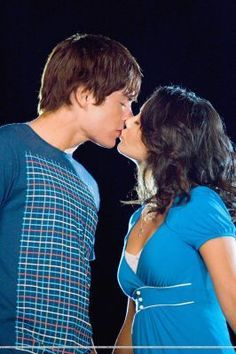 vanessa hudgens and zac efron relationship timeline save the date