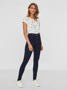 L2017 https://www.veromoda.com/gb/en/vm/highlights/new-in/ella-hw-super-skinny-fit-jeans-27000769.html?cgid=vm-new-in