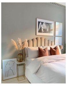 Room Ideas Bedroom, Home Decor Bedroom, Decor Room, Bedroom Inspo, Minimalist Room, Home Room Design, Bed Design, Bedhead Design, Aesthetic Room Decor