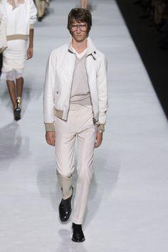 tom ford fr hjahr sommer 2019 new york womenswear mode die m nner selber tragen in 2019. Black Bedroom Furniture Sets. Home Design Ideas