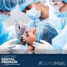 """#SORRIAMAIS com as vantagens do CARTÃO DENTAL PREMIUM: """"Atendimento personalizado, com uma equipa experiente na área da Implantologia!""""  http://cartaodentalpremium.com/ #SwissDentalHealthPlans #CartãoDentalPremium #CartãoDeSaúde #Clínica #Implantes #Dentista"""