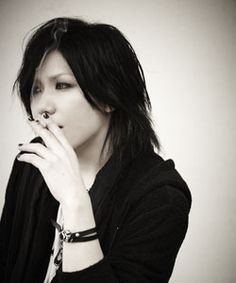 葵(the GazettE)