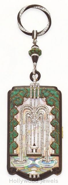 Mauboussin vanity case, gold diamonds enamel, onyx, and mother-of-pearl, exhibited in 1925.