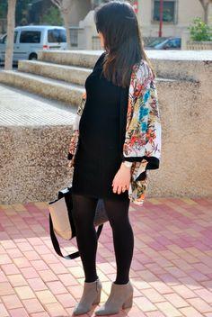 LBD + Kimono. Pregnant Style.