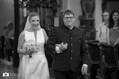 Hochzeit in Salzburg, St. Peter und Klessheim - Laura & Lukas - Roland Sulzer Fotografie GmbH - Blog Girls Dresses, Flower Girl Dresses, Salzburg, Kirchen, Wedding Dresses, Flowers, Blog, Fashion, Families
