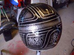 Chopper Helmets, Helmet Paint, Custom Helmets, Bike Ideas, Club Style, Motorcycle Helmets, Lowrider, Custom Paint, Airbrush