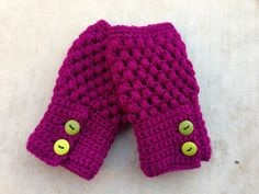 Fingerless crochet gloves by LizzieBelleCreations