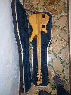 basso elettrico Mayones 5 corde comodous classic