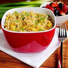 Sweet Corn & Quinoa with Honey Lemon Vinaigrette is a citrusy-sweet, and satisfying taste of summer!