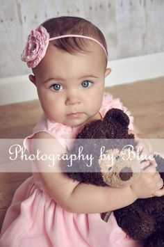 Birthday Girl; First Birthday; Birthday Session; Teddy Bear; Children Photography