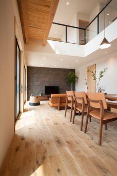 NR15MU Conference Room, Table, Furniture, Home Decor, Meeting Rooms, Interior Design, Home Interior Design, Desk, Tabletop
