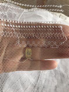 Bordado Popular, Cross Stitch Kitchen, Lacemaking, Needle Lace, Irish Lace, Tulle Lace, Flower Art, Embroidery Patterns, Hand Sewing
