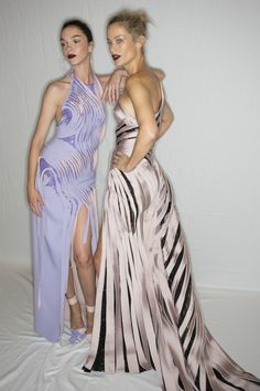 Atelier Versace Fall 2016 Couture Fashion Show Beauty