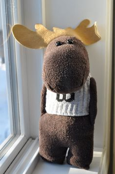 CANADIAN MOOSE: See more sock animals at http://rhythmsofgrace.ca/thelab/