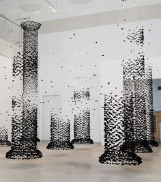 Suspended Charcoal Installations by Seon Ghi Bahk http://www.mbandf.com/parallel-world/amazing-suspended-charcoal-installations-by-korean-artist-seon-ghi-bahk