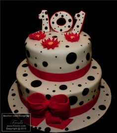 101 dalmation cakes - Possibility for one layer of Katharine's 18th BDay cake...her life through Disney.