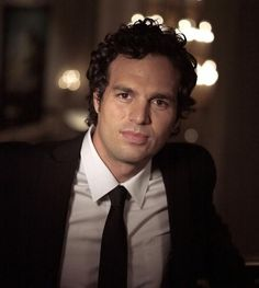 Mark Ruffalo: He's in my top 5 of all time. Sexy.