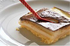 Time for dessert! Kok:Greek dessert w/ cream and chocolate sause. Greek Sweets, Greek Desserts, Party Desserts, Greek Recipes, My Recipes, Cake Recipes, Cooking Recipes, Pureed Food Recipes, Sweets Recipes