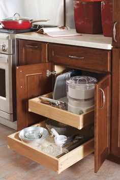 This Base Roll Tray Cabinet means the days of having to reach into the back of a cabinet are over.
