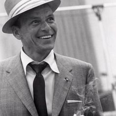 Frank Sinatra. Love Frankie and those baby blues :)