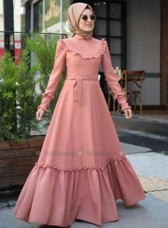 37 Ideas fashion hijab remaja gemuk - Real Time - Diet, Exercise, Fitness, Finance You for Healthy articles ideas Frilly Dresses, Modest Dresses, Modest Outfits, Stylish Dresses, Ruffle Dress, Abaya Fashion, Modest Fashion, Fashion Dresses, Estilo Abaya