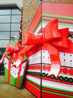 Such big presents at Art Van #WinterWonderland!
