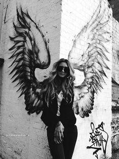 Winged, LG JJ