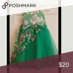 """Girls dress, bnwt Size is an estimate, as dress is sized using intl sizing. Please see measurements for accurate fit.  Dress measures 14"""" across chest and 32"""" long. Dresses"""