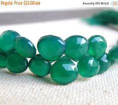 Sale Green Onyx Gemstone Briolette Faceted Heart Emerald Green 7mm 1/2 Strand 27 beads by somsstudiosupplies on Etsy