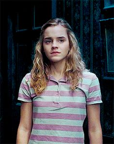 Harry Potter Girl, Harry Potter Puns, Harry Potter Hermione, Hermione Gif, Harry Potter Characters, Hermione Granger Outfits, Draco Malfoy, Emma Watson, Hogwarts