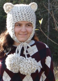 Don't Eat the Paste: 2 Hour Crocheted Kitty Hat Pattern. Like the Giant Pom Poms.