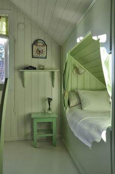 sleeping nook | interior design + decorating ideas