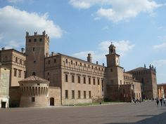 Primi: Castello di Carpi - Foto di panoramio.com   Un Weekend da..gastronauti nel Modenese