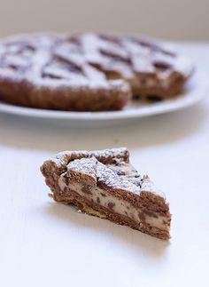 Crostata con Crema al Burro di Arachidi e Gocce di Cioccolato http://ilpandizenzero.it/sito/crostata-con-crema-al-burro-di-arachidi-e-gocce-di-cioccolato/