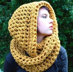 The favorite Cowl neck hood scarf Amber Yellow Warmer. I love the chunky yarn! Shawl Crochet, Knit Or Crochet, Crochet Scarves, Crochet Crafts, Crochet Clothes, Crochet Projects, Chunky Crochet, Love Knitting, Knitting Patterns