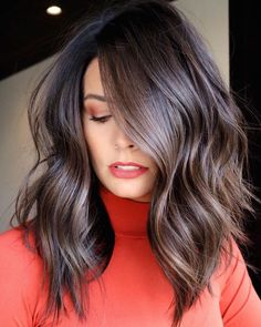 Hairstyles For Kids Most Impressive Medium Brunette Balayage Hairstyles for 2020 That Will Amaze Everyone Medium Hair Cuts, Long Hair Cuts, Medium Hair Styles, Curly Hair Styles, Brown Hair Medium Length, Medium Brown Hair With Highlights, Brown Lob, Brown Hair Cuts, Long Bob Cuts