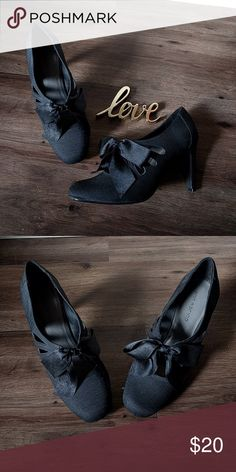 Black Ann Marino Heels So adorable! Great condition and worn a handful of times. Great with a pencil skirt. Ann Marino Shoes Heels