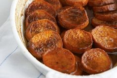 Are you in search of trusted Potato recipes? Are you sick and tired of eating exactly the same Potato dishes over and over? If so, mix things up for dinner with these particular 37 Potato recipes! Thanksgiving Side Dishes, Thanksgiving Recipes, Holiday Recipes, Holiday Meals, Christmas Recipes, Sweet Potato Slices, Sweet Potato Recipes, Bourbon Sweet Potatoes, Tasty