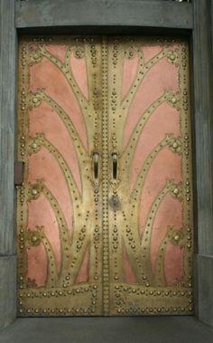 Stunning pink & gold art nouveau door at the Goethe Institute, Prague Cool Doors, The Doors, Unique Doors, Windows And Doors, Metal Doors, Front Doors, Entry Doors, Art Nouveau, Art Deco