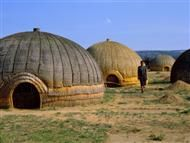 I love the mastery that goes into building traditional home.  These Zulu Huts, South Africa, are beautiful in their shape,organic materials, colour palette and, texture.