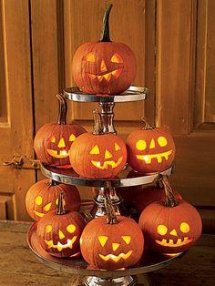 Dessert tier pumpkins