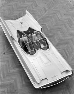 106511-010 - Classic TV Series 1966 Batmobile